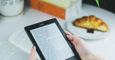 Should You Buy an eReader Such as a Kindle or a Nook?
